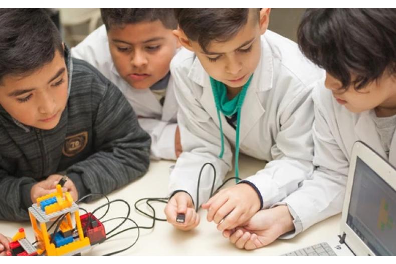 Robótica en todas las escuelas de Argentina?